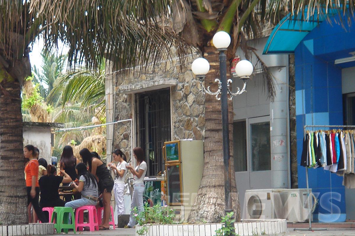 下川島-當時每天維持2000名妓女任君挑選