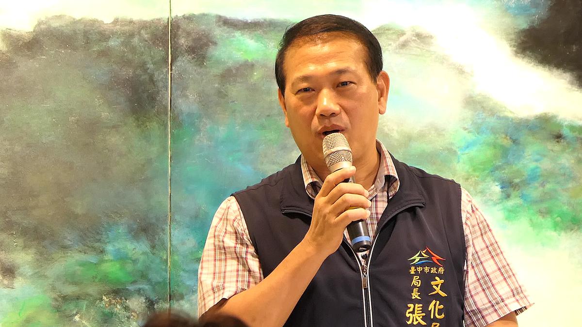 臺中市文化局張大春,捎來燕子市長的祝福