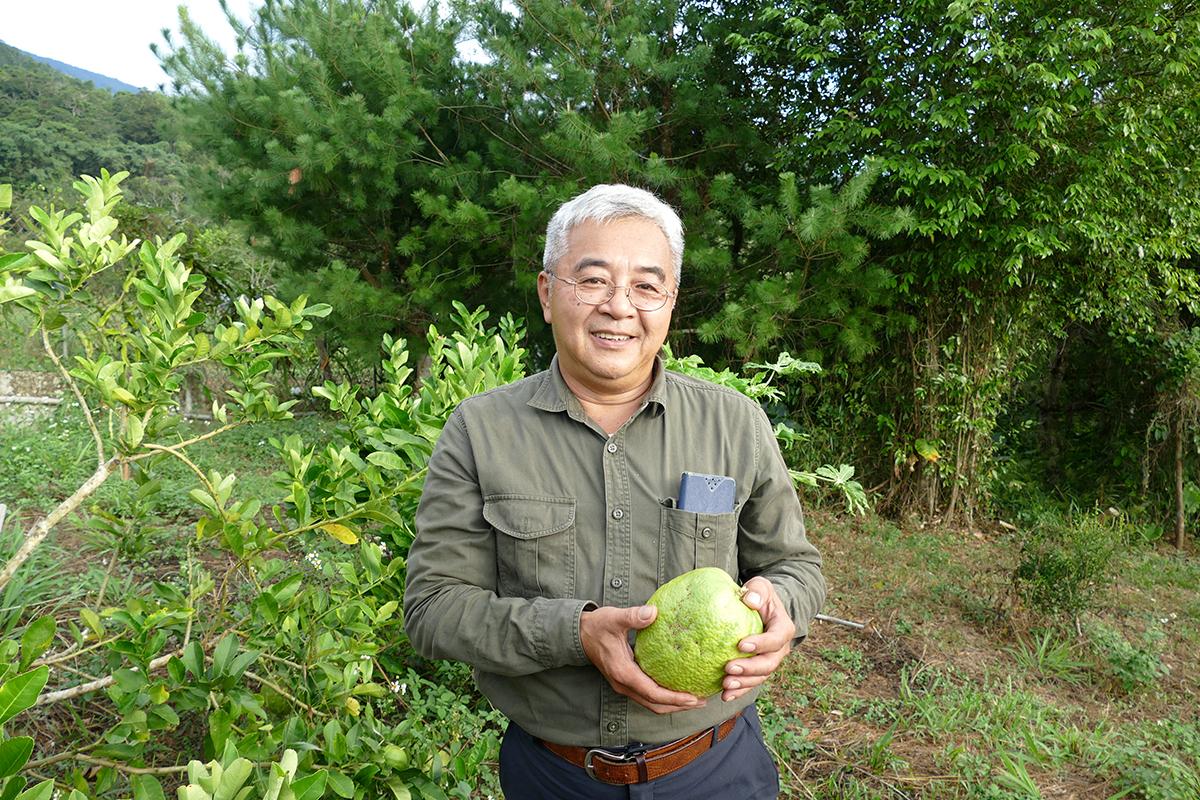 「生命力生態農園」快樂農夫王靖堯。