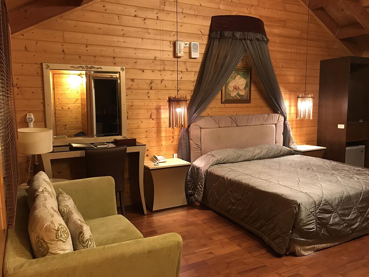 《牛耳藝術渡假村》-小木屋。