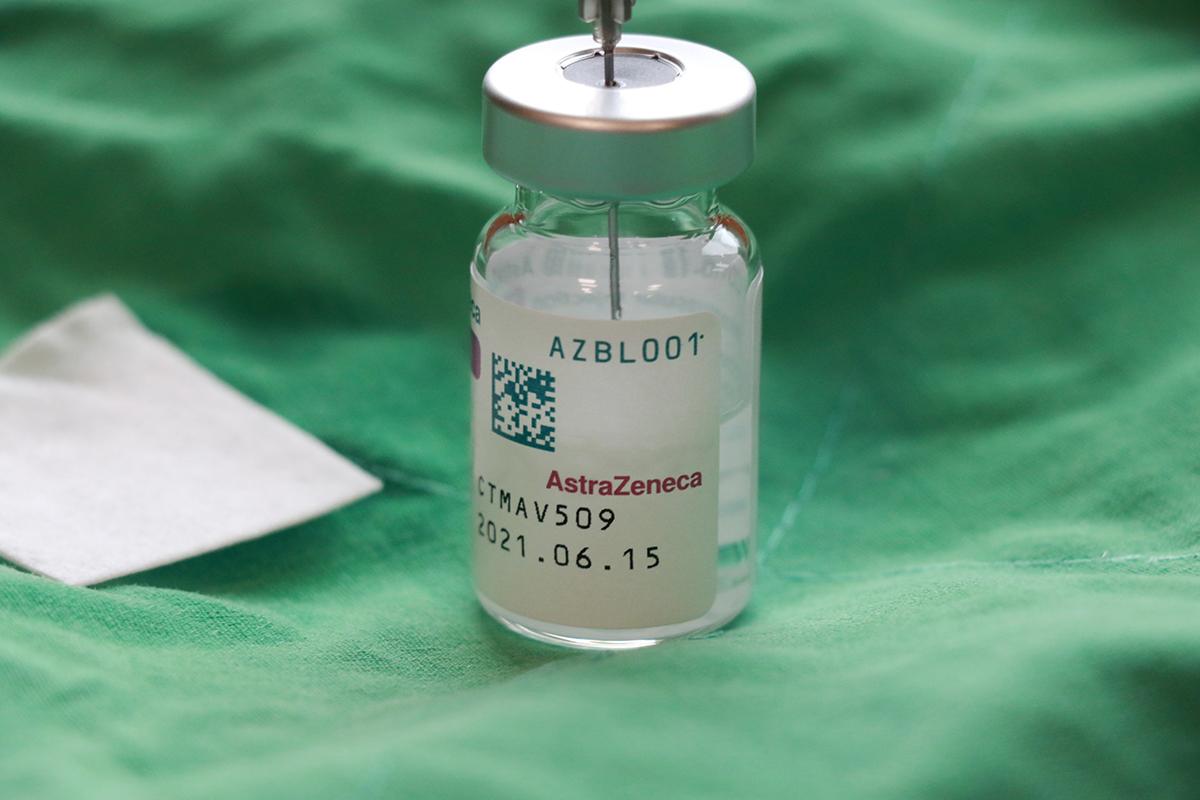 本次施打疫苗為AZ疫苗。